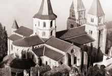 Katalog: Gallia Romanica. Románská architektura a sochařství Francie ve fotografiích Zygmunda Świechowského