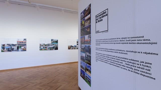 Výstava: Fernández de Córdova & Roda. Casas / Kabinet architektury Ostrava